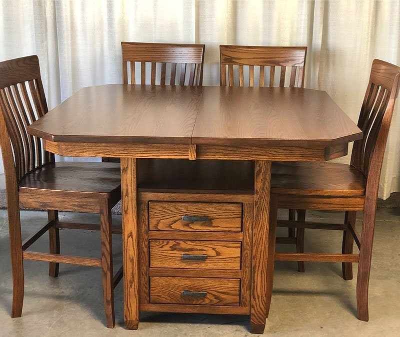 clearance kenwood pub set table and barstools
